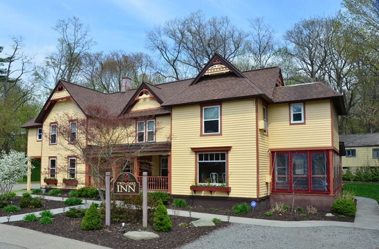Twin Oaks Inn in Saugatuck, Michigan